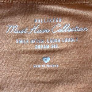 Hollister Tops - WOMENS HOLLISTER T-SHIRT in XLARGE